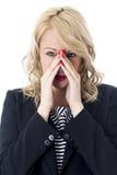 Pijnlijke Verontruste Jonge Bedrijfsvrouw stock afbeelding