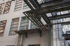 Pijpen die lijnen in industrieel Philips Area Strijp S vormen Royalty-vrije Stock Afbeeldingen