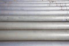 Pijpen Staal Gestapeld Grey Horizontal Stock Afbeelding