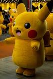 Pikachu Pokemon festival på den trefaldiga gatagallerian och Hyundai Depar Royaltyfri Bild