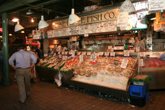 Pike Place Fish Co. in Seattle Royalty Free Stock Photos