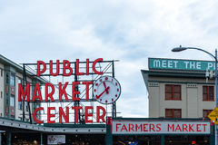 Pike-Platz-Markt in Seattle Washington stockfotos