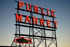 Pike-Platz-Markt-Zeichen Stockfotos