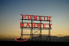 Pike-Platz-Markt-Zeichen Stockfotografie