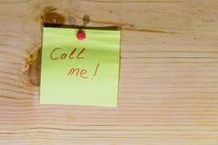 piękna bizneswomanu tła telefon wyizolował mnie młody Fotografia Stock