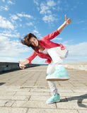 Piękna dancingowa dziewczyna w ruchu Obrazy Stock