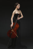 Piękna dziewczyna z wiolonczelą Fotografia Stock