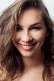 piękna twarz kobiety Perfect toothy uśmiech Fotografia Stock