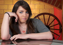 piękna złamanego serca tatuażu kobieta Obraz Stock