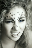 Piękno kobieta z makeup w śnieżnego lamparta stylu Mody makeup m Obrazy Royalty Free