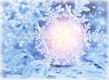 Piękny błyszczący płatek śniegu Zdjęcie Royalty Free
