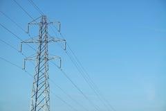 Pilão da eletricidade/torre da transmissão Fotografia de Stock
