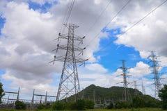 Pilón de alto voltaje de la electricidad Imagen de archivo libre de regalías