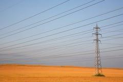 Pilón de la electricidad imagen de archivo libre de regalías