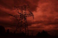 Pilón de la línea de electricidad Imagenes de archivo