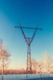 Pilón de la línea eléctrica Fotos de archivo