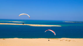 Pila дюны неба Франции моря пляжа Deltaplane стоковое изображение