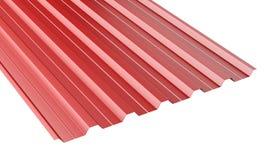 Pila acanalada metal rojo de la hoja del tejado Fotos de archivo libres de regalías