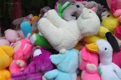 Pila colorida de peluches Fotografía de archivo
