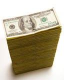 Pila de 100 cuentas de dólar Imagen de archivo