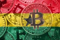 Pila de bandera de Bitcoin Ghana Concepto de los cryptocurrencies de Bitcoin B imagen de archivo