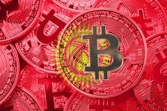 Pila de bandera de Bitcoin Kirguistán Conce de los cryptocurrencies de Bitcoin fotos de archivo libres de regalías