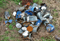 Pila de basura de desperdicios desechados viejos de la basura industrial Fotografía de archivo libre de regalías