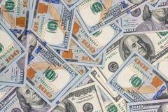 Pila de $100 billetes de dólar Fotos de archivo