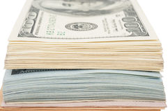 Pila de billetes de dólar del americano ciento del dinero Foto de archivo