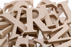 Pila de bloques de madera del alfabeto Fotos de archivo libres de regalías
