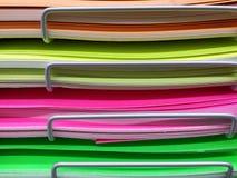 Pila de cartulina del color Foto de archivo libre de regalías