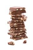 Pila de chocolate quebrado aislada Fotos de archivo