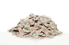 Pila de cientos cuentas de dólar Imagen de archivo