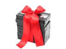 Pila de cintas video atadas con una cinta Imagen de archivo libre de regalías