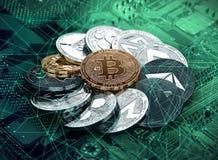 Pila de cryptocurrencies que ponen en la placa madre con un bitcoin de oro en el centro stock de ilustración