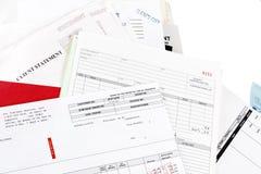 Pila de cuentas y de declaraciones Imagen de archivo
