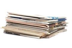 Pila de diarios locales imágenes de archivo libres de regalías