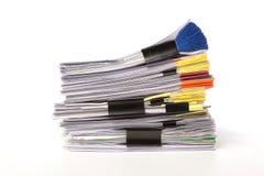 Pila de documentos comerciales aislados en blanco Imagenes de archivo