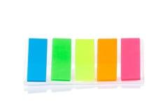 Pila de etiquetas engomadas coloridas Imagenes de archivo