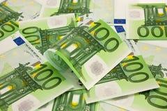Pila de euro del dinero 100 Imagen de archivo libre de regalías