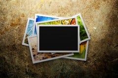 Pila de fotos coloridas Fotos de archivo libres de regalías
