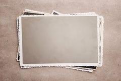 Pila de fotos de la vendimia con el camino de recortes Imagen de archivo libre de regalías