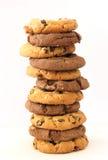 Pila de galletas de la avellana y del chocolate Foto de archivo libre de regalías