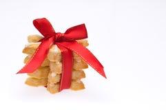 Pila de galletas de la Navidad sobre blanco Foto de archivo libre de regalías