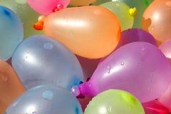 Pila de globos de agua coloridos Imágenes de archivo libres de regalías