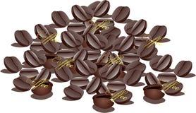 Pila de granos de café marrones Imágenes de archivo libres de regalías
