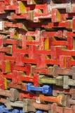 Pila de haces de madera coloridos Imagen de archivo