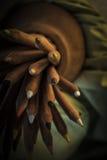 Pila de lápices de madera del color Imagenes de archivo
