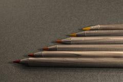 Pila de lápices de madera del color Foto de archivo libre de regalías