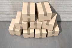 Pila de la caja de cartón industrial Fotos de archivo